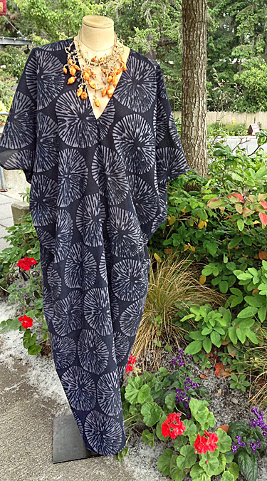 DAVID.BALI: Caftan, Gray/White and Black